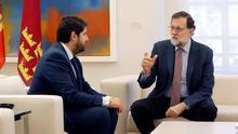 López Miras pide a Rajoy una reforma constitucional que garantice el agua