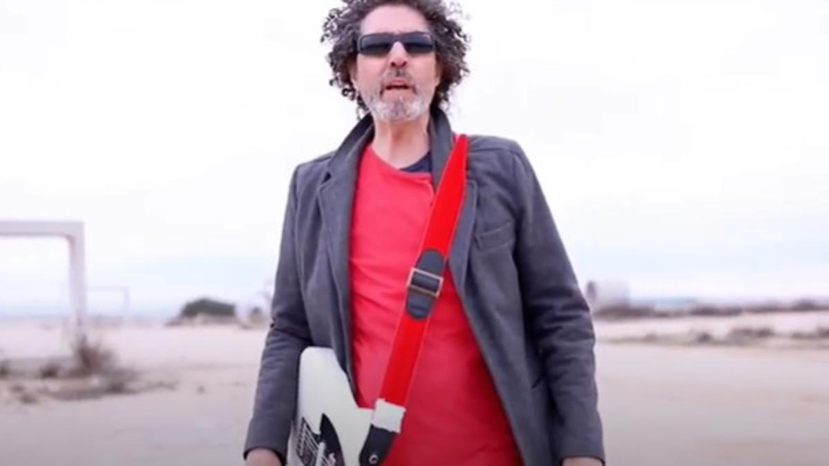 El cantante pedroñero Jesús Fernández Osa