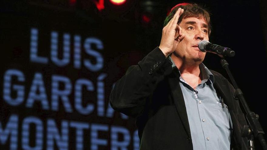 """García Montero estrena su poema de campaña sobre los """"problemas de la gente"""""""