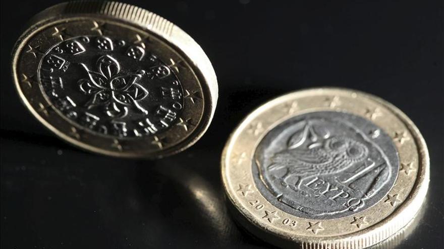 El euro baja en la apertura a 1,3445 dólares en Fráncfort