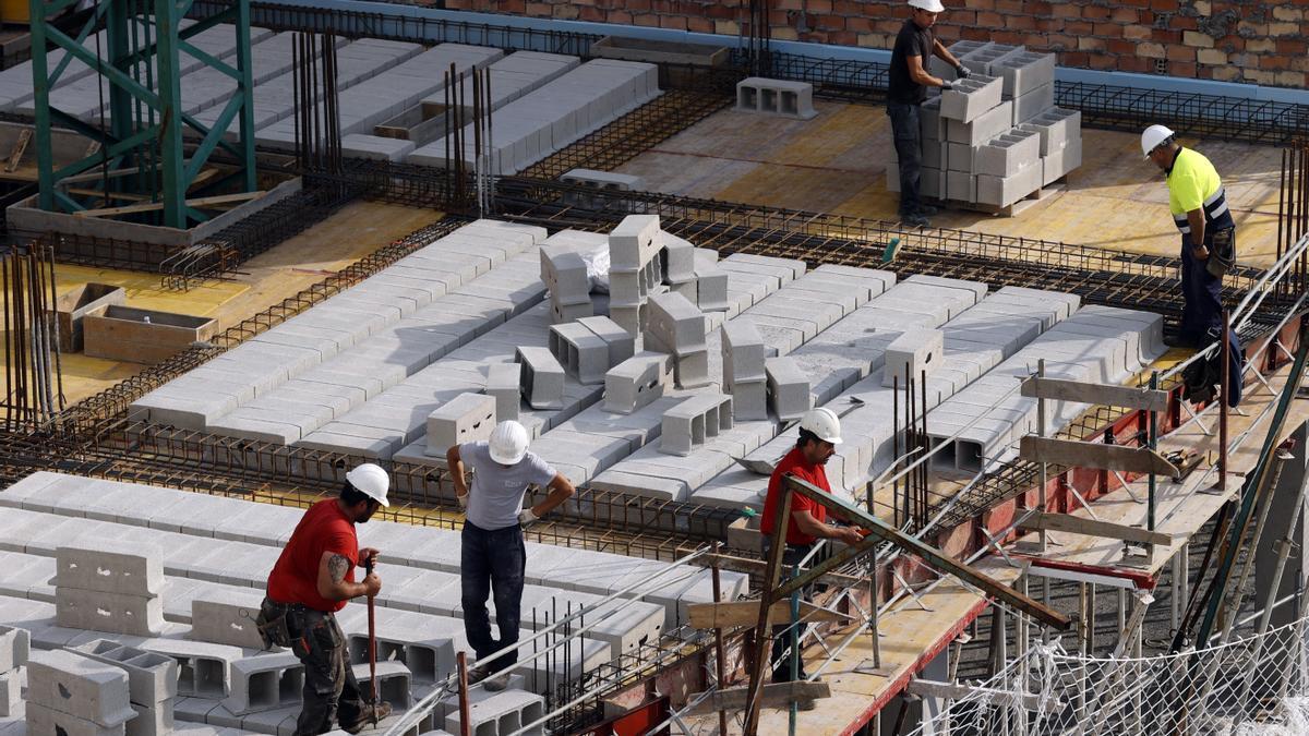 Extremadura destinará a empleo y educación los 76 millones de euros extra que recibirá de los fondos de cohesión