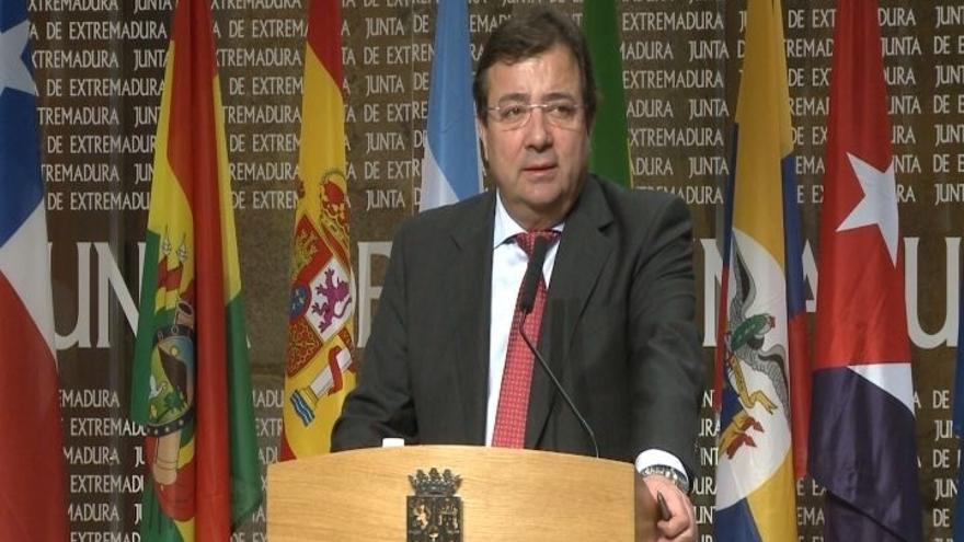 """Vara ve bien que Gobierno y PSOE hablen del proceso catalán, aunque """"los problemas"""" no se resuelven sólo con diálogo"""