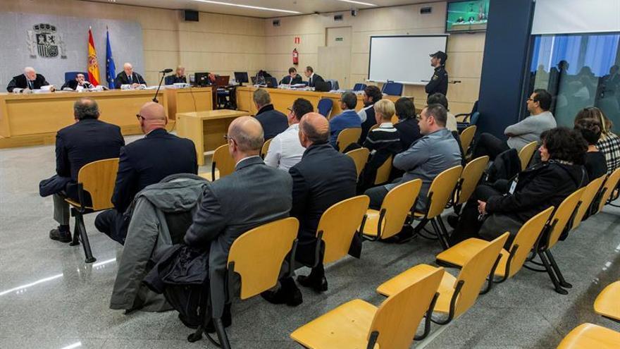 """La Audiencia Nacional comienza a juzgar a 21 supuestos miembros del clan de la Camorra """"Nuvoletta""""."""