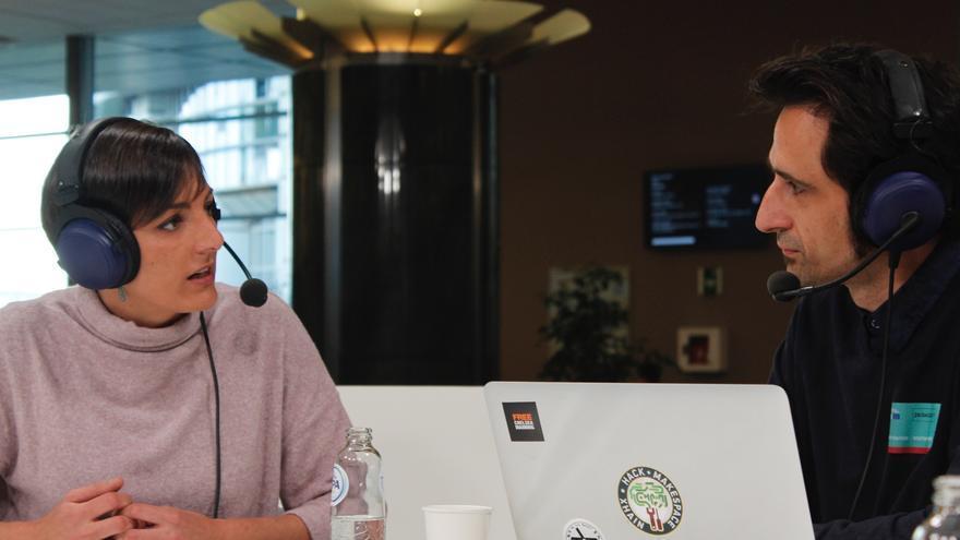 Lola Sánchez (Podemos) entrevistada por Javier Gallego en el Parlamento Europeo