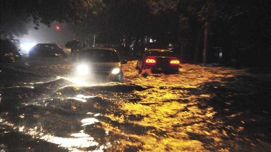 Suben a 55 los fallecidos por las lluvias torrenciales y el granizo en el sur de China