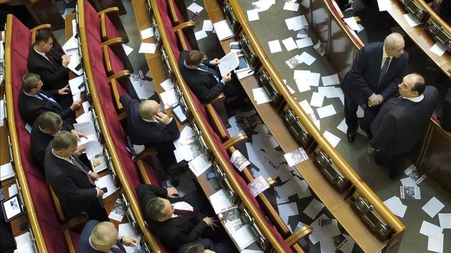 El Parlamento ucraniano aplaza de nuevo el debate sobre el caso Timoshenko