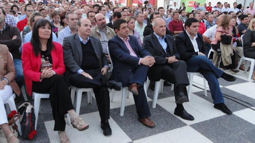 """Chaves asegura que """"no se puede salir de la crisis como quiere el PP, sino reaccionando contra la desigualdad"""""""