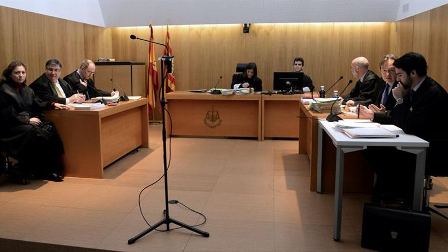 Un juzgado de Huesca condena al MNAC a devolver las pinturas murales de Sijena