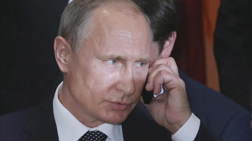 Obama y Putin hablan por teléfono de Ucrania, Siria y Corea del Norte