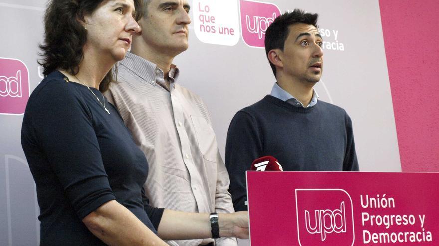 Máximo, Nebot y Serna en la sede de UPyD