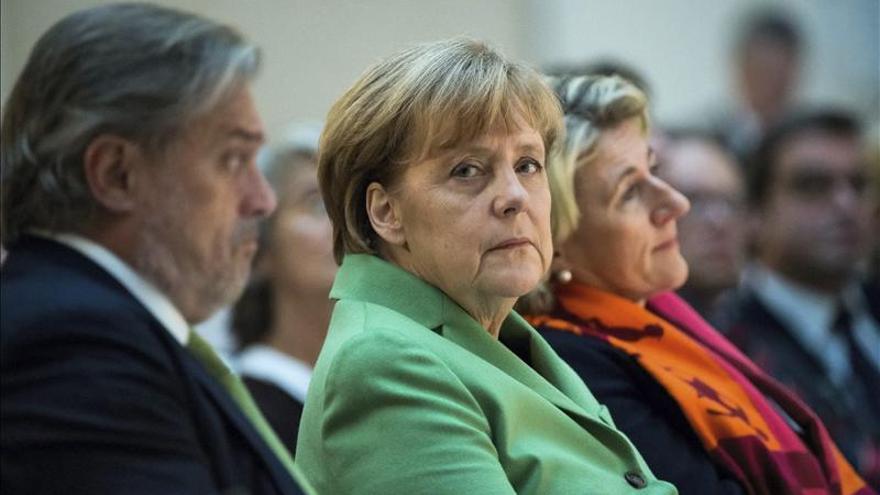 Merkel urge a avanzar la negociación del TTIP para que la UE no quede atrás