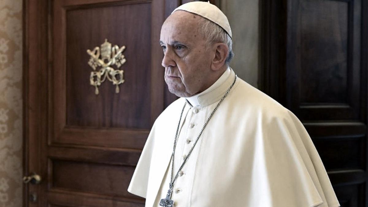 """El papa Francisco aseguró que """"es un deber ayudar a los pobres""""."""