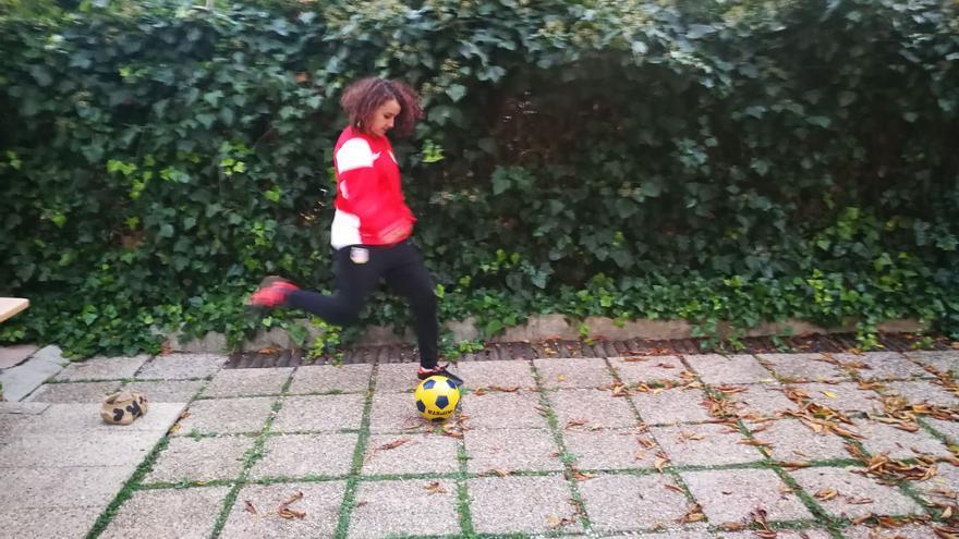 Marian, la futbolista que hizo rectificar a Cifuentes para poder competir en un equipo de chicos