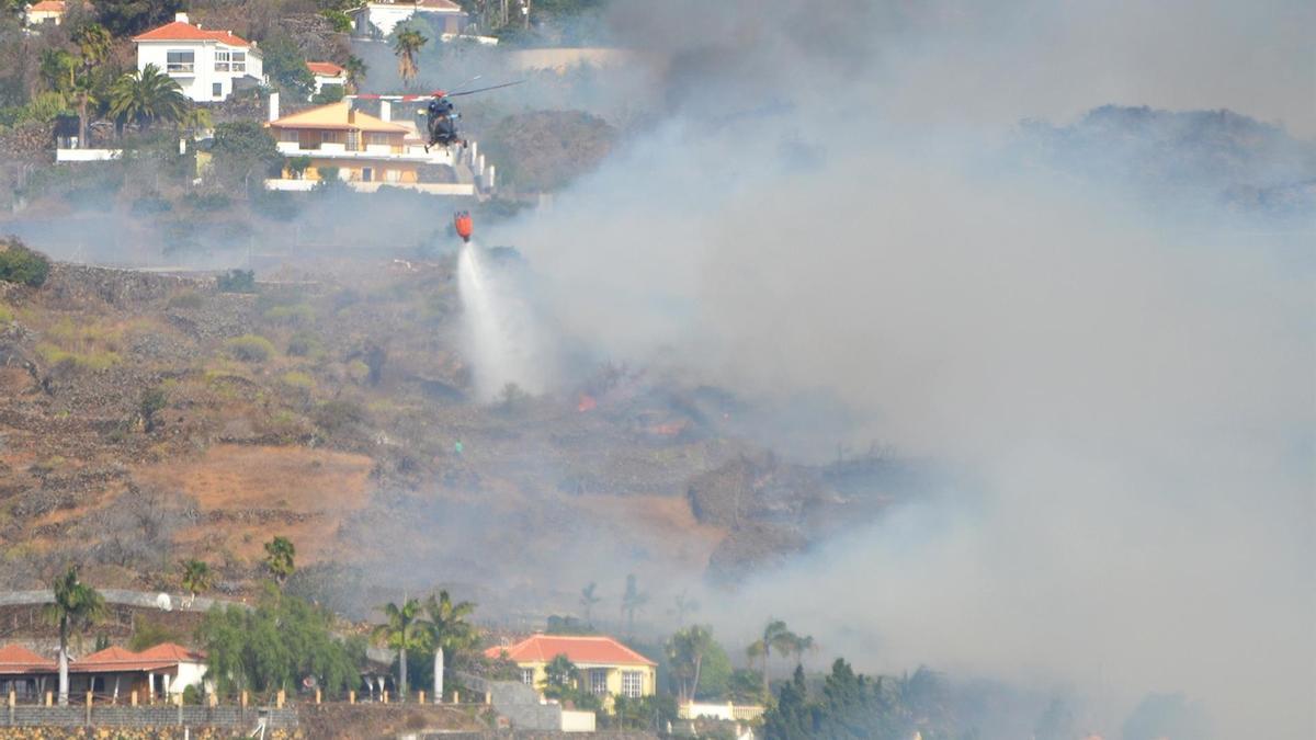 El incendio en La Palma que se inició este martes en El Paso.