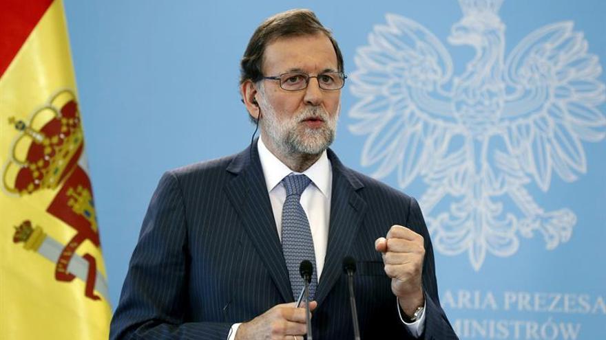 """Rajoy pide confianza a los catalanes """"sensatos"""" ante """"delirios autoritarios"""""""