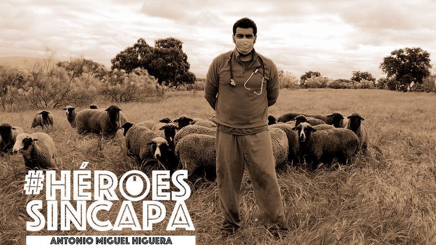 El veterinario de ganado Antonio Miguel Higuera.