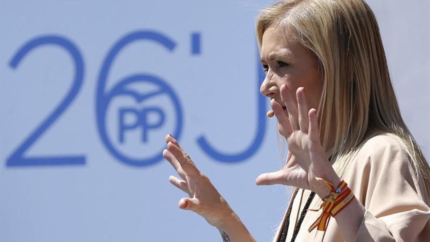 """Cifuentes dice que los Gobiernos de Podemos suponen """"cambios, pero a peor"""""""