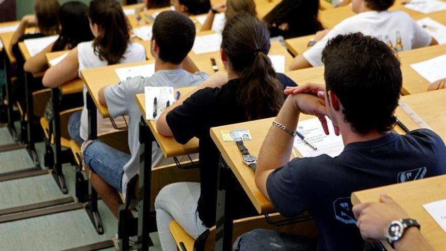 El alumnado devuelve a Educación más de 150 millones por becas en cuatro cursos