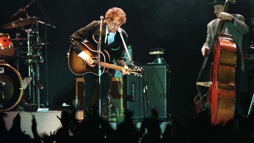 Bob Dylan no asiste a la ceremonia de homenaje a los Nobel en la Casa Blanca