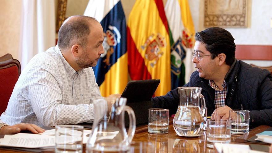 José Antonio Valbuena, consejero insular de Medio Ambiente, y Pedro Martín, alcalde de Guía de Isora