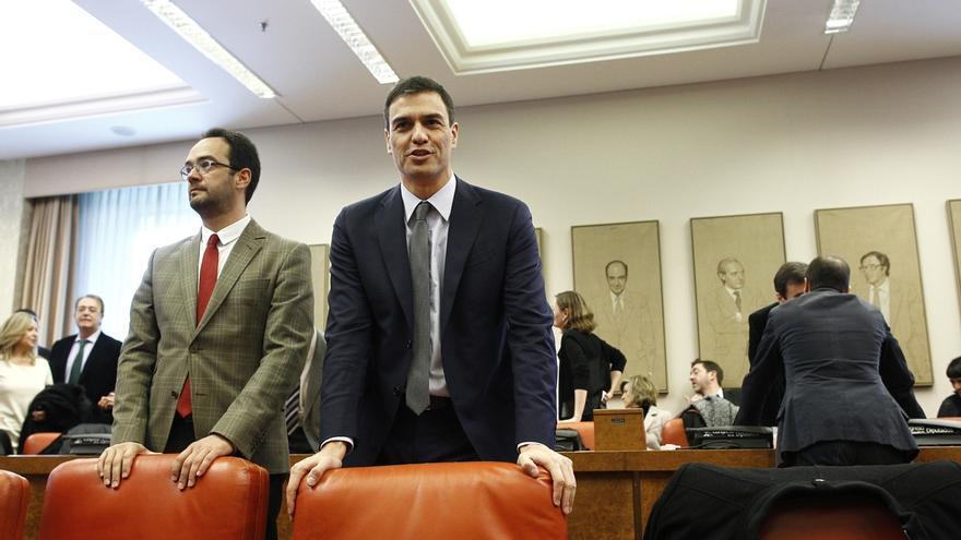 """El PSOE se proclama """"antagónico"""" al PP y sólo pacta contra el terrorismo porque Sánchez tiene """"sentido de Estado"""""""