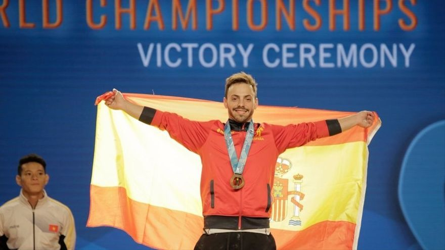 El Consejo Superior de Deportes premia la trayectoria deportiva del sevillano Josué Brachi