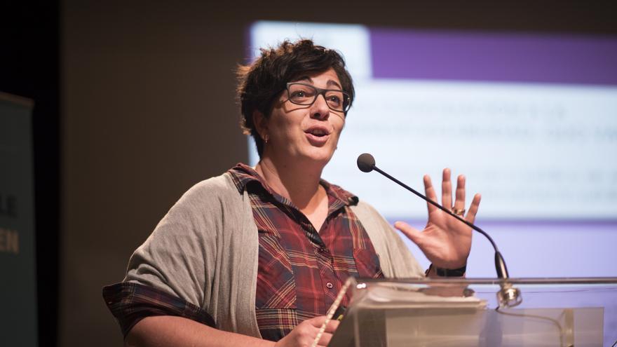 Olga Fontinoupoulou, profesora  de Derecho del Trabajo y Seguridad Social de la UPV, durante su intervención en la jornada ''Equilibrio-Balance: por una conciliación corresponsable'.