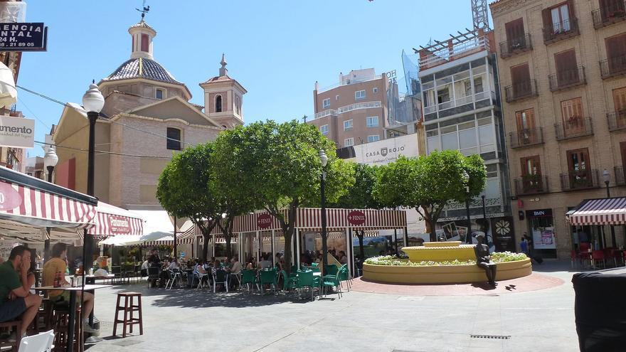 Plaza de las Flores en Murcia / Wikipedia