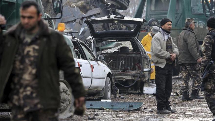 El Pentágono reconoce que los ataques talibanes no han descendido en 2012