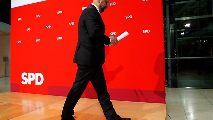 Schulz llama a los socialdemócratas europeos a respaldar la reforma de la UE de Macron