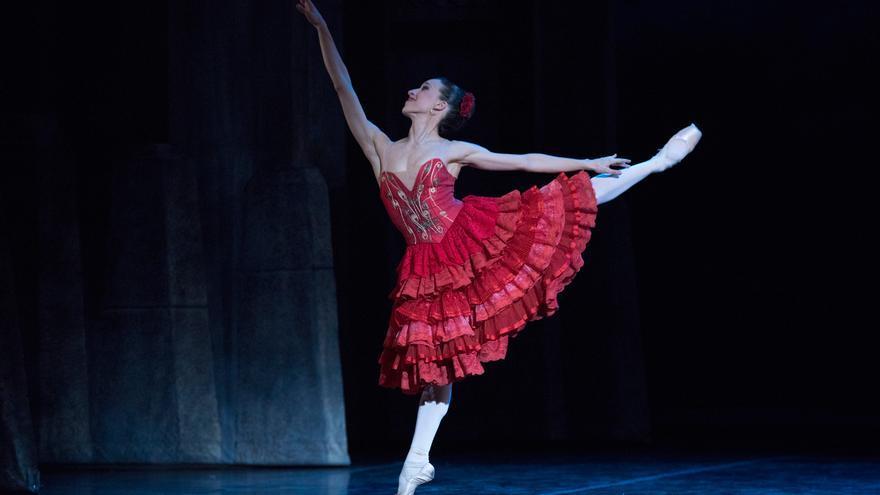 """""""En la danza es necesaria siempre la constancia, la inteligencia y el trabajo""""."""