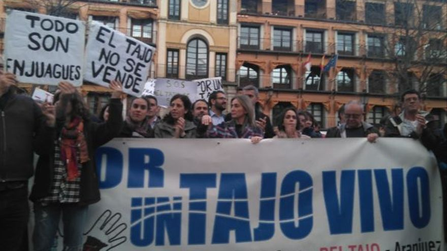 Manifestación en Toledo por el Tajo