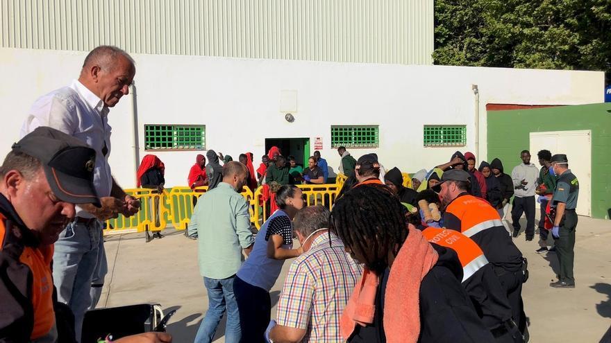 Más de 1.800 inmigrantes se encuentran en pabellones de Algeciras, Los Barrios, Barbate, Cádiz, Jerez y San Roque