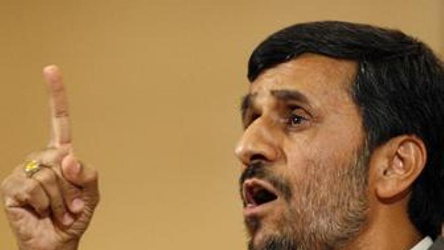 """Ahmadineyad: """"Los responsables del atentado serán castigados"""""""