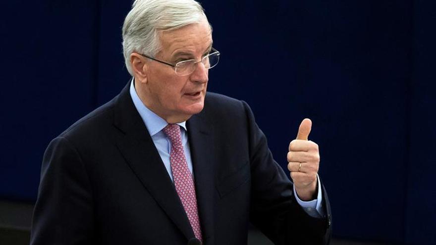"""Barnier dice que Londres no podrá tener un acuerdo para la City tras el """"brexit"""""""