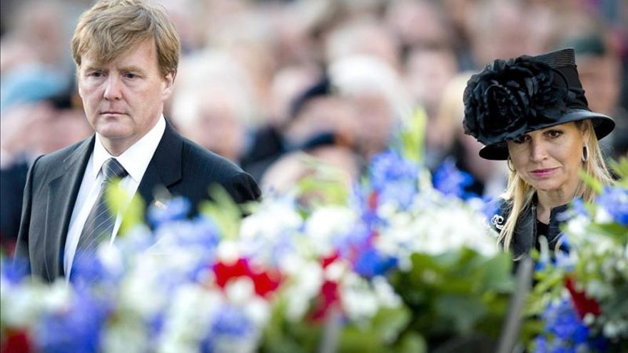 El Día de los Caídos, primer acto oficial de los nuevos reyes de Holanda