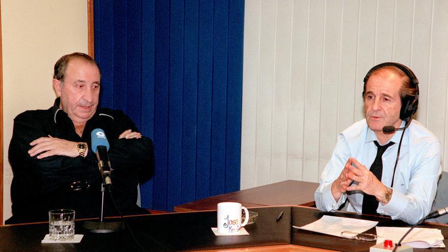 José María García en una entrevista en la COPE al entonces presidente del Atlético de Madrid Jesús Gil en el 2000.
