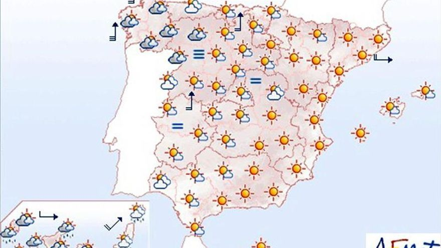 Lluvias fuertes en Canarias y cielos muy nubosos en el noroeste