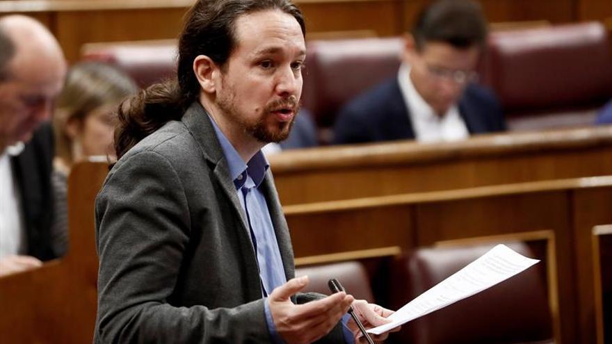 """Iglesias pide a Sánchez que se mueva """"un poco más"""" para aprobar presupuestos"""
