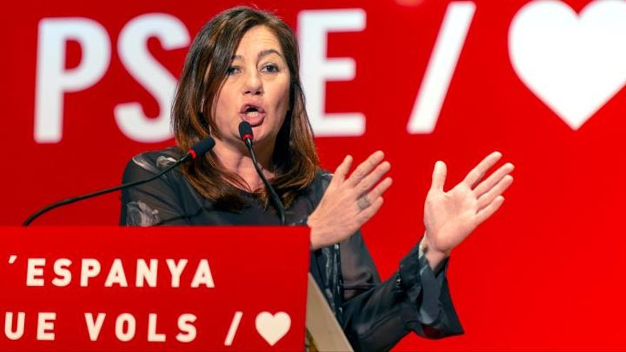 """Armengol pide votar """"con ganas y con ilusión"""" por el futuro de España"""