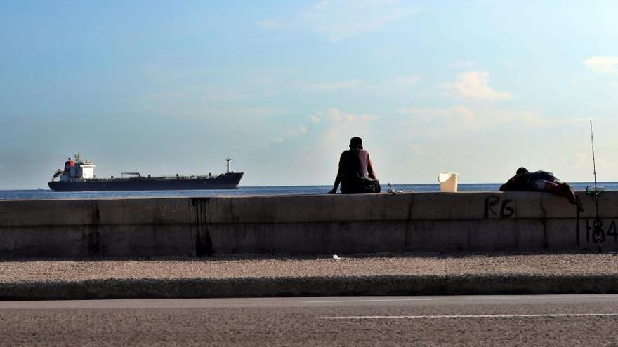 EE.UU. sanciona a seis buques más por el envío de crudo de Venezuela a Cuba