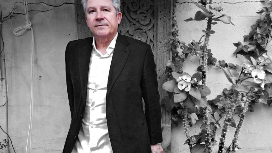 Miguel Ángel Moreta-Lara, escritor.