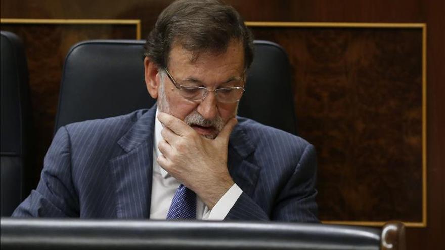 """Rajoy pide """"la aportación de todos"""" para """"forzar"""" un acuerdo en el sector lácteo"""