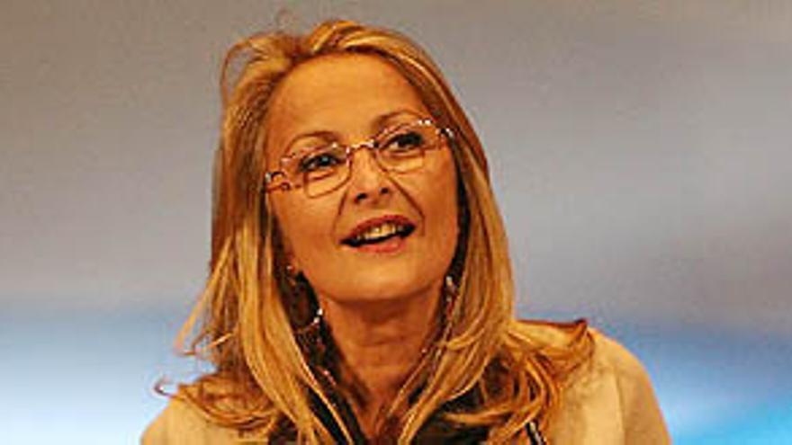 La portavoz del PP en el Parlamento de Canarias, María Australia Navarro.