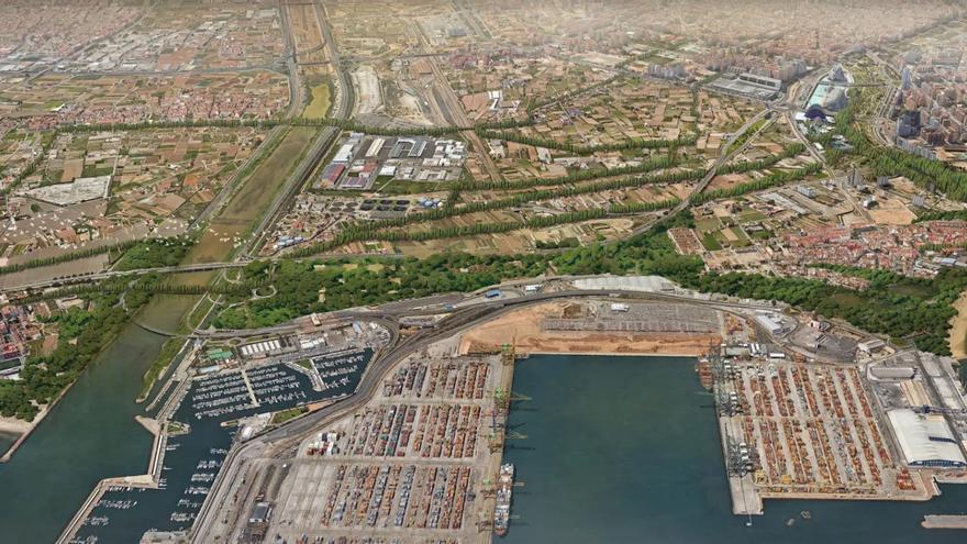 Vista del cauce del Túria junto al puerto de Valencia