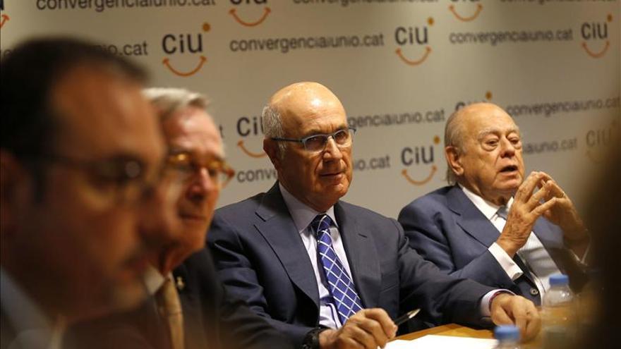 Duran confirma que deja la secretaría general de CiU tras consensuarlo con Mas