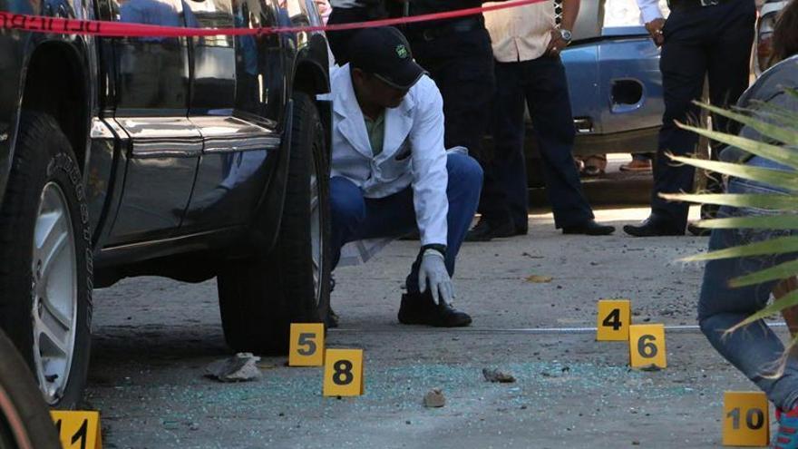 El gobernador de Varecruz atribuye a un choque de narcos  los 11 cuerpos hallados en el este de México
