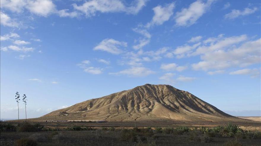 El Gobierno canario mantiene su voluntad de construir el monumento de Tindaya