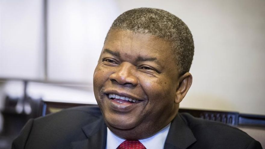 """Lourenço promete fortalecer las relaciones de Angola con Cuba """"por gratitud"""""""