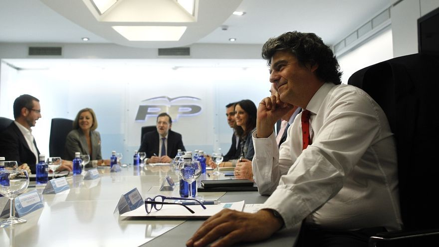 """El PP deja para noviembre la presentación de su programa, con el que quiere """"continuar el cambio"""" iniciado por Rajoy"""